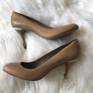 Sam Edelman tan cream stiletto career heels 7.5m